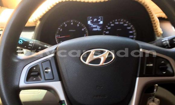Buy Used Hyundai Accent White Car in Omdourman in Khartoum