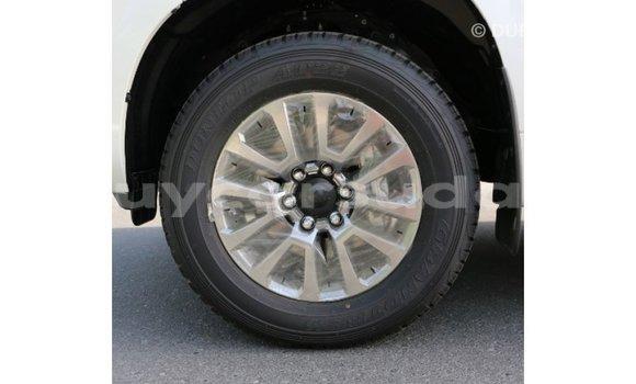 Buy Import Toyota Prado White Car in Import - Dubai in Al Jazirah State