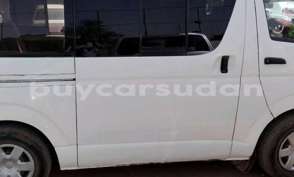 Buy Used Toyota Hiace White Car in Khartoum in Khartoum