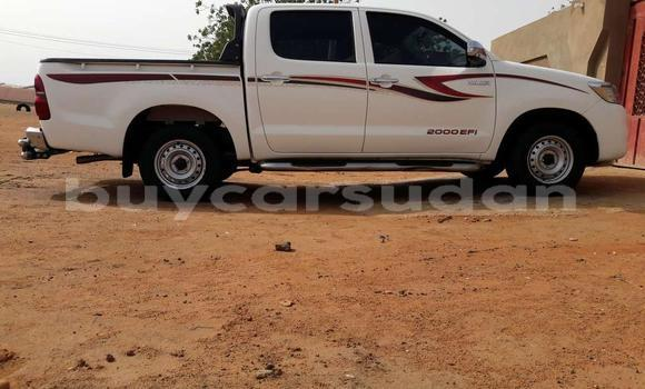 Buy Used Toyota Hilux White Car in Khartoum in Khartoum