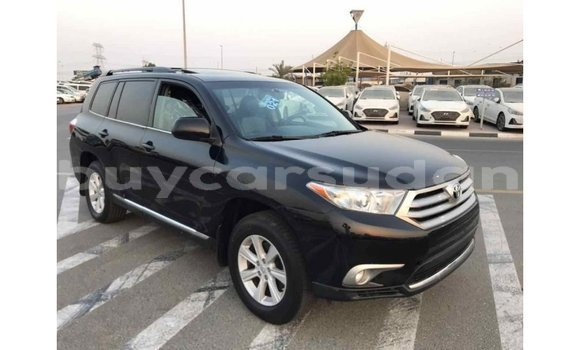 Medium with watermark toyota highlander al jazirah state import dubai 1356