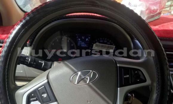 Buy Used Hyundai Accent White Car in Omdourman in Khartoum