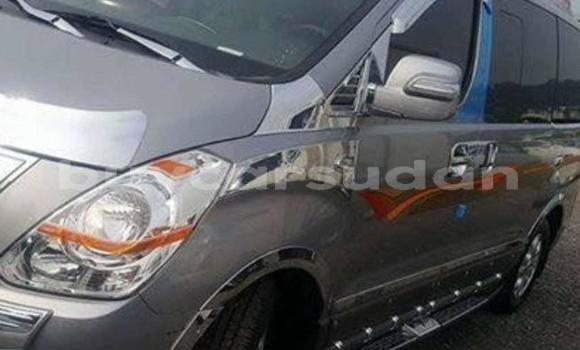 Buy Used Hyundai Grand Starex Blue Car in Bahri in Khartoum