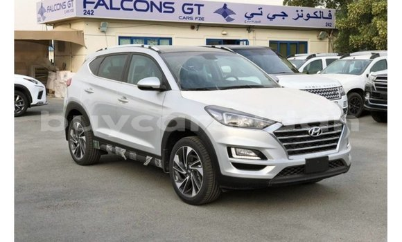 Medium with watermark hyundai tucson al jazirah state import dubai 1922
