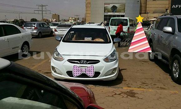 Buy Used Hyundai Accent White Car in Khartoum in Khartoum