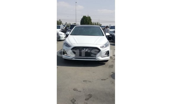 Medium with watermark hyundai sonata al jazirah state import dubai 2826