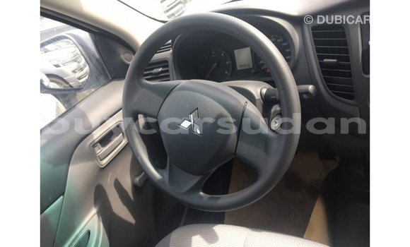 Buy Import Mitsubishi L200 White Car in Import - Dubai in Al Jazirah State