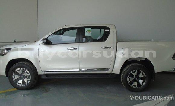 Buy Import Toyota Hilux White Car in Import - Dubai in Al Jazirah State