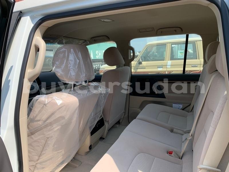 Big with watermark toyota land cruiser al jazirah state import dubai 3368