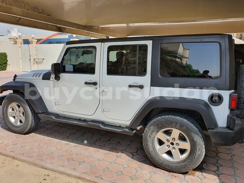 Big with watermark jeep wrangler al jazirah state import dubai 3371