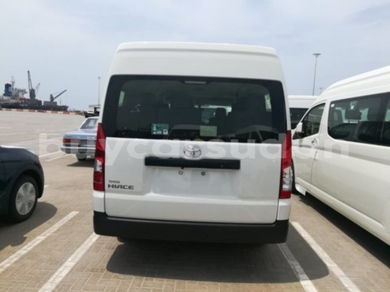 Big with watermark toyota hiace al jazirah state import dubai 3392