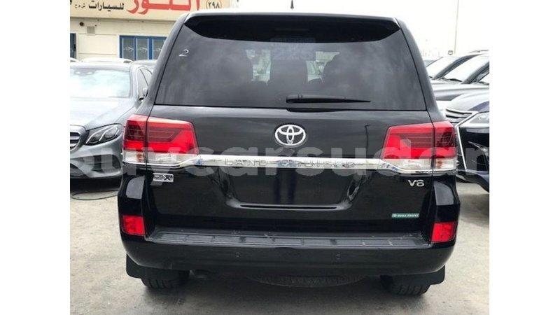 Big with watermark toyota land cruiser al jazirah state import dubai 3497