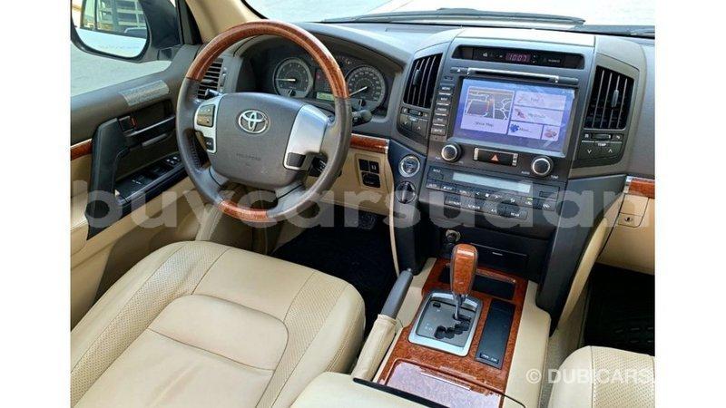 Big with watermark toyota land cruiser al jazirah state import dubai 3507