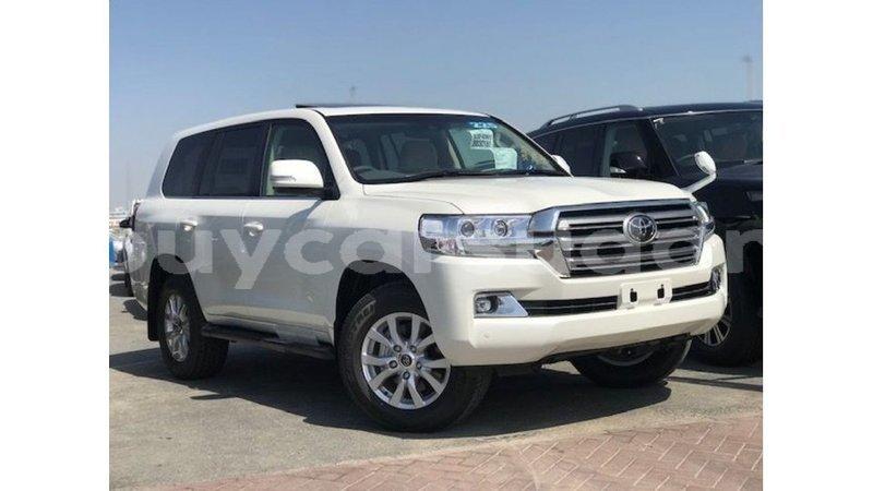 Big with watermark toyota land cruiser al jazirah state import dubai 3951
