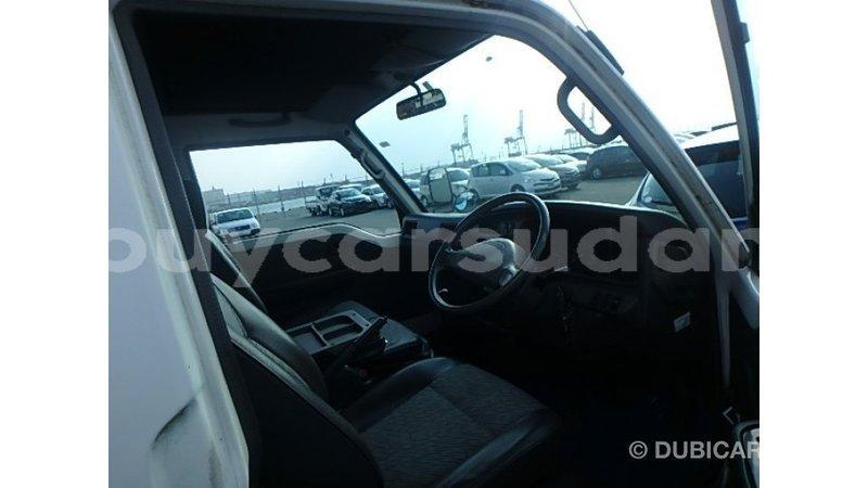Big with watermark nissan caravan al jazirah state import dubai 3977