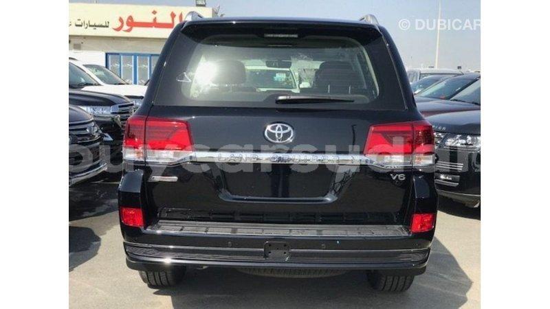 Big with watermark toyota land cruiser al jazirah state import dubai 3982