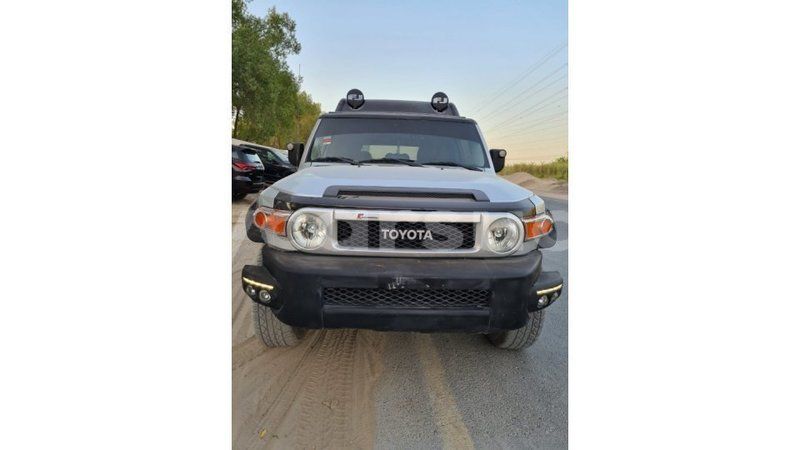 Big with watermark toyota fj cruiser al jazirah state import dubai 3994