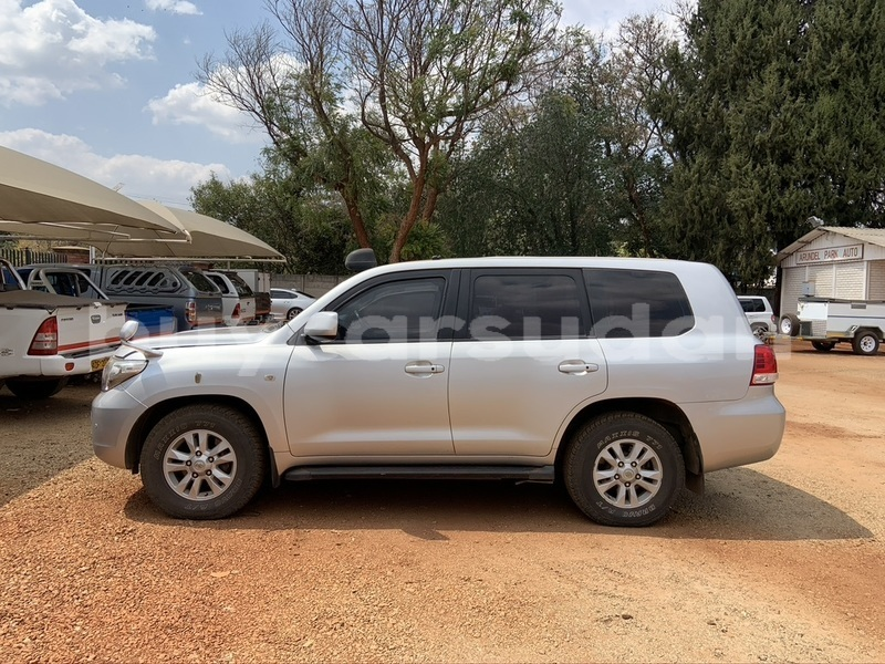 Big with watermark toyota land cruiser khartoum khartoum 4018