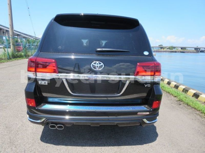 Big with watermark toyota land cruiser sinnar abu hijar 4020