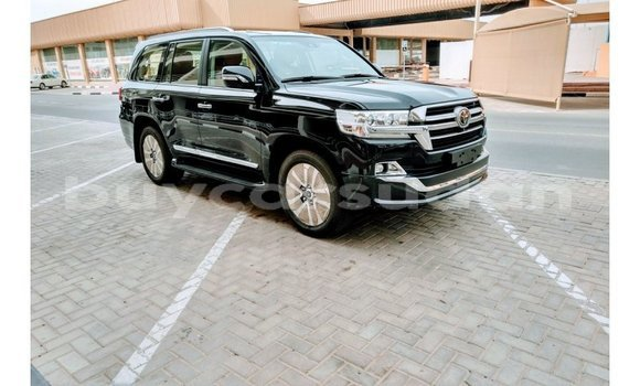 Buy Import Toyota Land Cruiser Black Car in Import - Dubai in Al Jazirah State