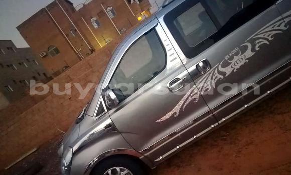 Buy Used Hyundai H1 Silver Car in Omdourman in Khartoum